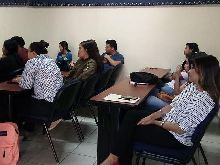 Participantes de la gira universitaria de la ética.