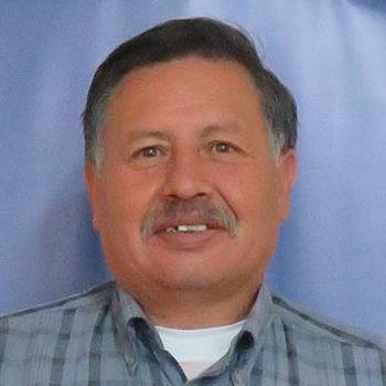 Servicios Generales: Ángel Benalcázar