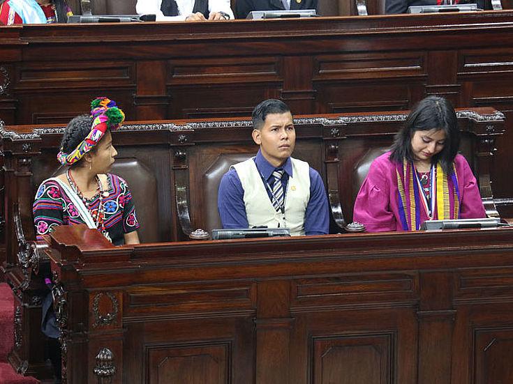 Miembros participantes del Parlamento Juvenil de Guatemala 2018.