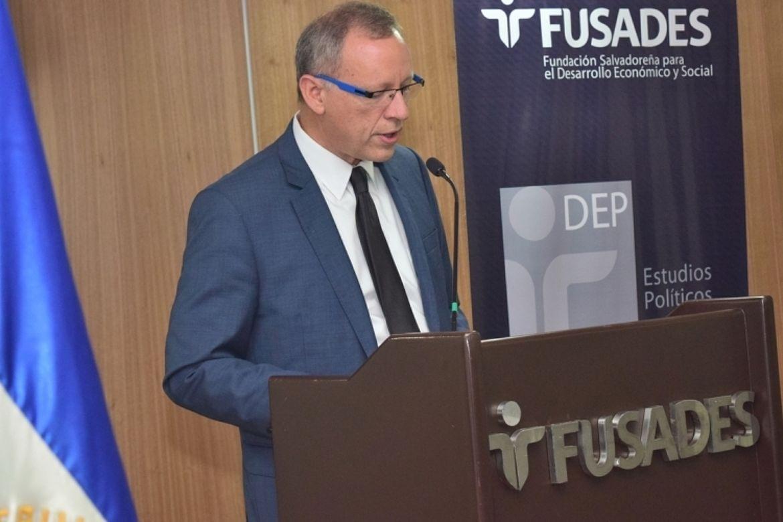 José Ángel Quirós, Fundación Salvadoreña para el Desarrollo Económico y Social