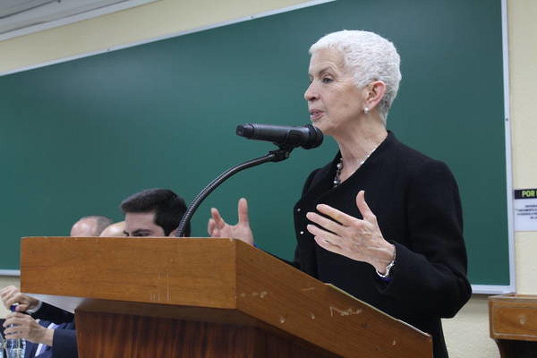 Adela Camacho de Torrebiarte, Comisionada Presidencial para la Reforma Policial