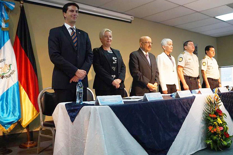 """Ceremonia de Inauguración del Diplomado """"Certificación en Diseño Curricular"""" de la Comisión Nacional de la Reforma Policial"""