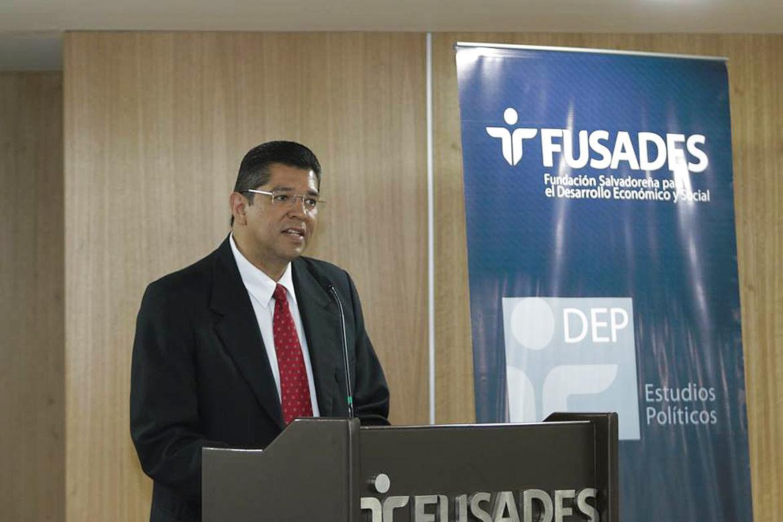 Luis Mario Rodríguez, Departamento de Estudios Políticos de Fundación Salvadoreña para el Desarrollo Económico y Social