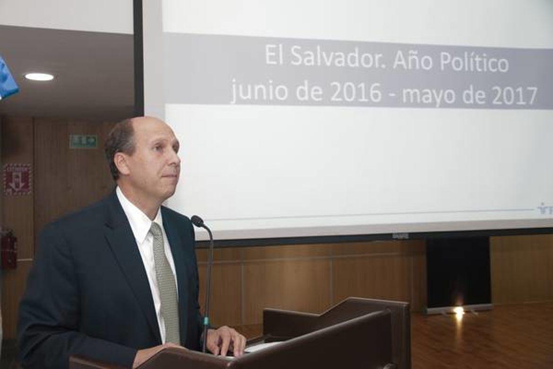 Miguel Angel Simán, FUSADES