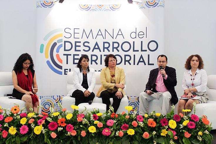 Foros durante la Semana de Desarrollo Territorial