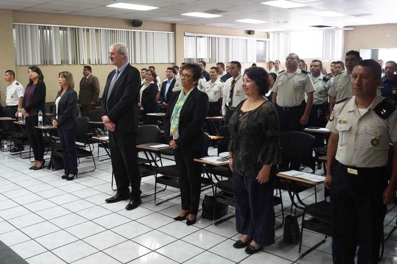 """Vista de los Participantes a la Ceremonia de Inauguración del Diplomado """"Certificación en Diseño Curricular"""" de la Comisión Nacional de la Reforma Policial"""