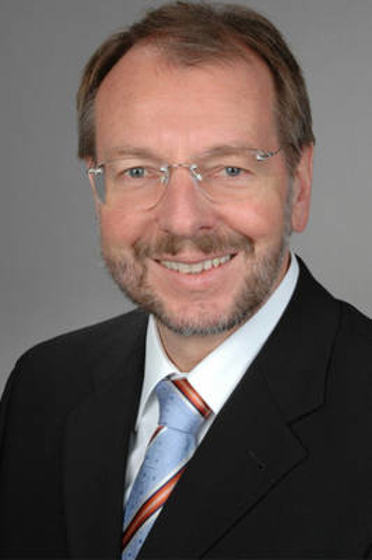 El Secretario general Dr. Peter Witterauf