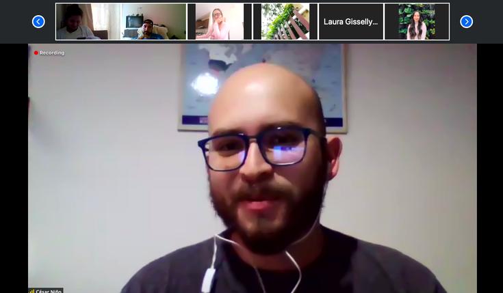 En clase de Análisis de contextos de Seguridad en tiempos de Pandemia con el PhD César Niño, actual profesor de la Universidad Sergio Arboleda.