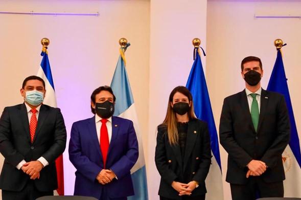 Hanns Seidel Stiftung junto con la Vicepresidencia de la República de El Salvador presentaron un Plan de Formación sobre el Sistema de Integración Centroamericana