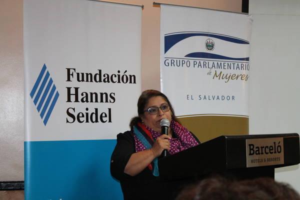 Yanira Argueta, Directora del ISDEMU